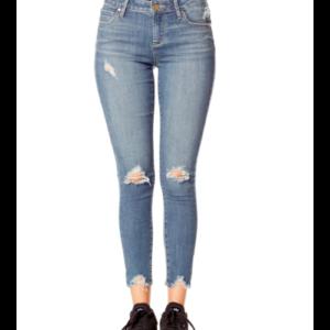 Suzy Mid-Rise Skinny Jean